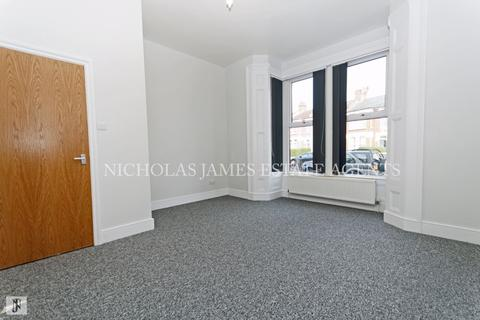 2 bedroom apartment to rent - Mattison Road , Haringey London N4