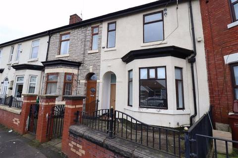 3 bedroom terraced house to rent - Abbey Hey Lane, Manchester