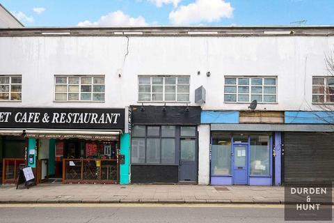 1 bedroom ground floor flat to rent - Hornsey Road, London, N19