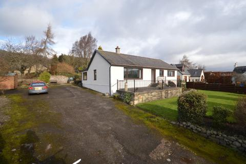 3 bedroom bungalow to rent - Rait, Perth, Perthshire, PH2 7RT