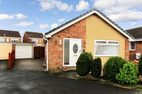 2 bedroom bungalow for sale - Augustus Drive, Bedlington, Northumberland, NE22 6LE