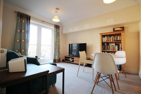 2 bedroom flat to rent - Brookbank Close, Cheltenham, GL50
