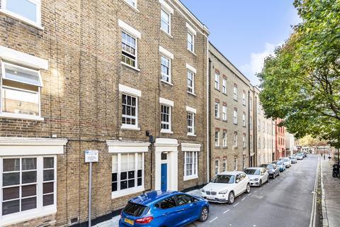 The Glass House 53 Tower Bridge Road London Se1 1 Bed Flat 1 300 Pcm 300 Pw