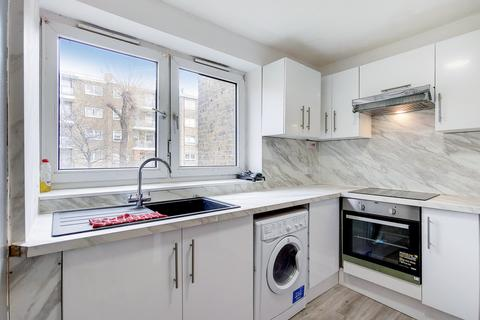 4 bedroom flat to rent - Sanderson House, Grove Street, Deptford, SE8
