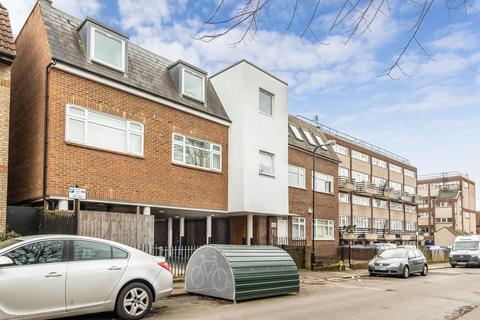 1 bedroom flat to rent - Raglan Road, Walthamstow, E17
