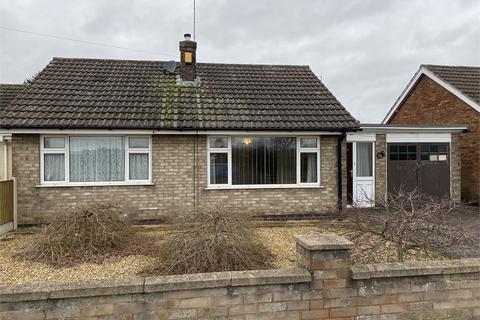 2 bedroom detached bungalow for sale - Bowbridge Road, Newark , Nottinghamshire.