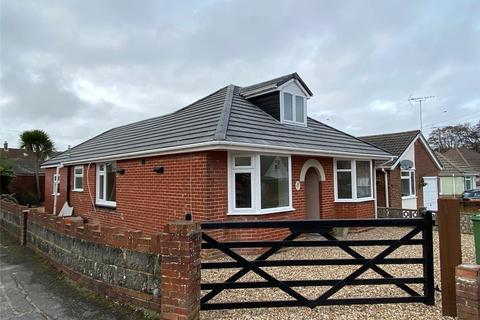 3 bedroom detached bungalow to rent - Beresford Road, Poole, BH12