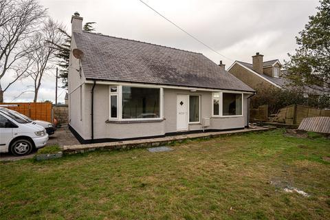 4 bedroom bungalow for sale - Llanberis Road, Rhosbodrual, Caernarfon, Gwynedd, LL55