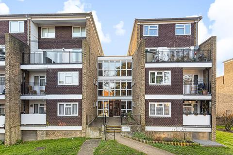 2 bedroom maisonette for sale - Surbiton,  Surrey,  KT5