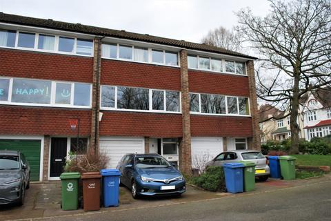 4 bedroom townhouse to rent - Half Moon Lane SE24