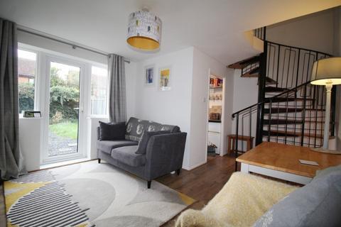 1 bedroom end of terrace house to rent - Calverley Mews, Cheltenham, GL51