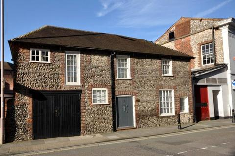 3 bedroom semi-detached house for sale - Old Market Avenue, Chichester, West Sussex, PO19