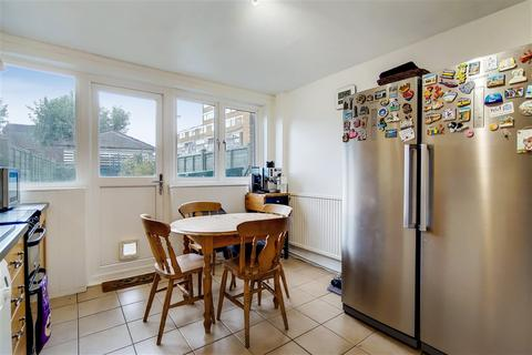 3 bedroom house to rent - Laundry Road , London , W6