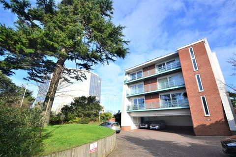 2 bedroom flat to rent - Poole