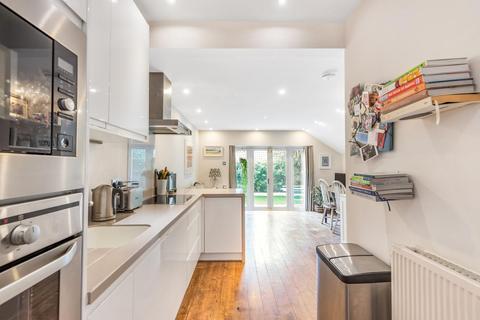 2 bedroom flat for sale - Crockerton Road, Balham