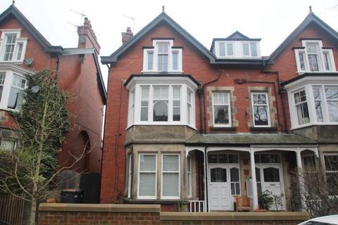 2 bedroom flat to rent - ST GEORGES ROAD, HARROGATE, HG2 9BS