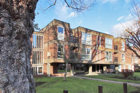 3 bedroom apartment for sale - Manor Road, Sidcup, Kent, DA15 7JA