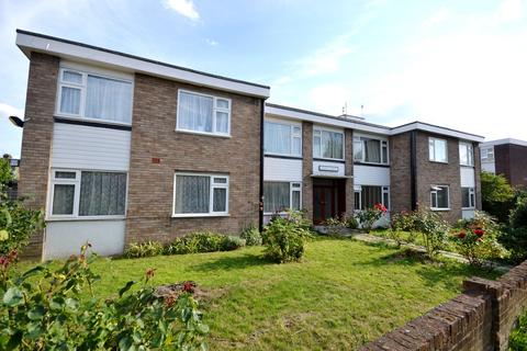2 bedroom flat to rent - Forest Road, Leytonstone, E11