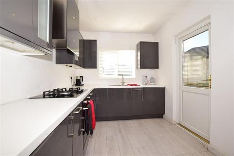 3 bedroom semi-detached bungalow for sale - Benfleet Close, Sutton, Surrey