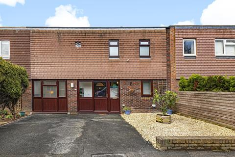 4 bedroom terraced house to rent - Bodnant Gardens, Raynes Park, SW20