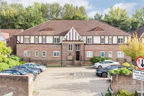 2 bedroom apartment to rent - Lower Village, Haywards Heath