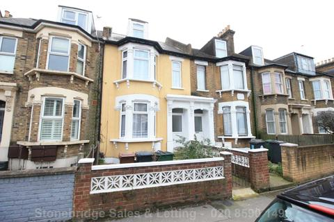 4 bedroom terraced house to rent - Grove Green Road, London