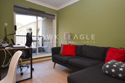 1 bedroom apartment to rent - Conant Mews, London, E1