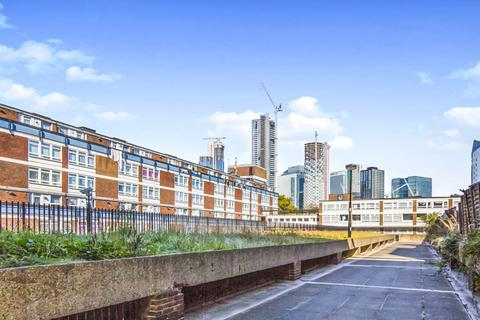 3 bedroom maisonette to rent - Hedley House, Isle of Dogs E14
