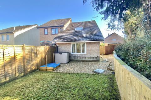 1 bedroom semi-detached house for sale - Manor View, Par
