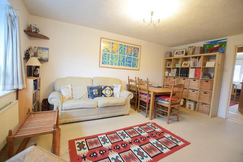 2 bedroom flat to rent - St. Pauls Terrace, London SE17