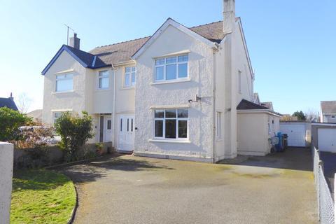 3 bedroom semi-detached house for sale - Bangor