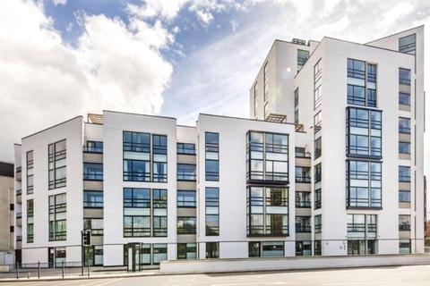 3 bedroom apartment to rent - Holland Park Avenue, Holland Park, London, W11