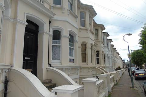 4 bedroom flat to rent - Seafield Road, Hove,