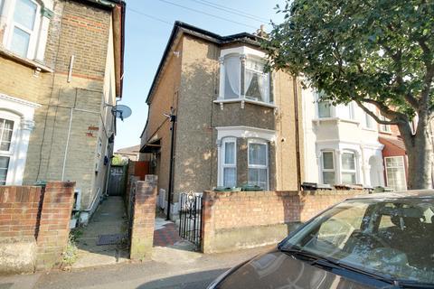 1 bedroom flat to rent - Leyton Park Road, Leyton