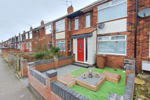 3 bedroom terraced house for sale - Coronation Road South, Hull