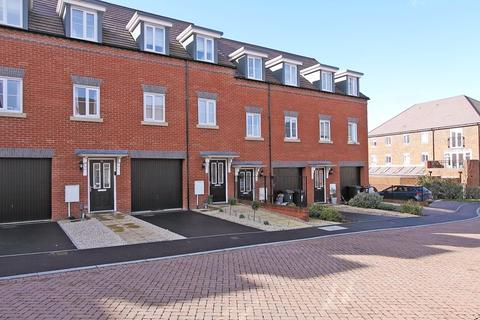 3 bedroom townhouse for sale - Heathcote Road, Andover