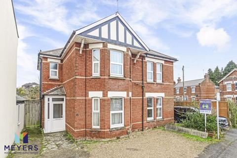 4 bedroom detached house for sale - Melville Road, Winton, BH9