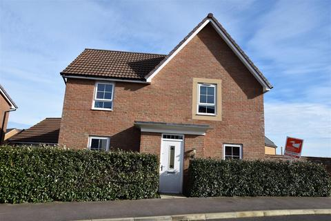 4 bedroom detached house for sale - Redwing Close, East Leake