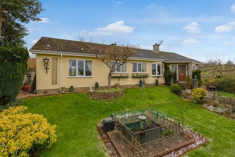 4 bedroom bungalow for sale - Hiller Lane, Netherton, Newton Abbot