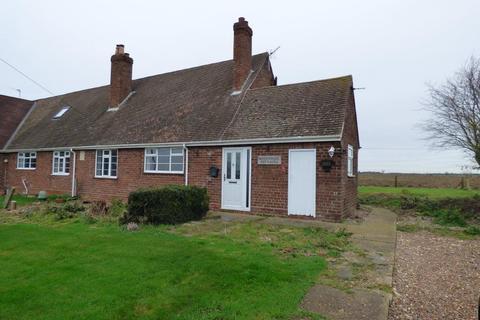 2 bedroom semi-detached bungalow to rent - Swine, Hull