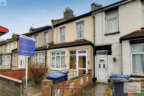 4 bedroom terraced house for sale - Nags Head Road, Enfield, Greater London, EN3