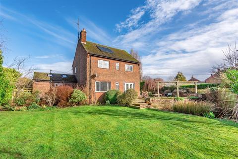 3 bedroom detached house for sale - Rose Villa, 48 Bulkington