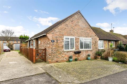 2 bedroom semi-detached bungalow for sale - Goodacres, Barnham