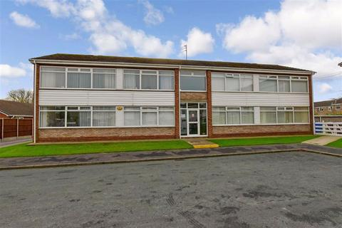 2 bedroom apartment for sale - Fulford Cresent, Willerby, East Riding Of Yorkshire