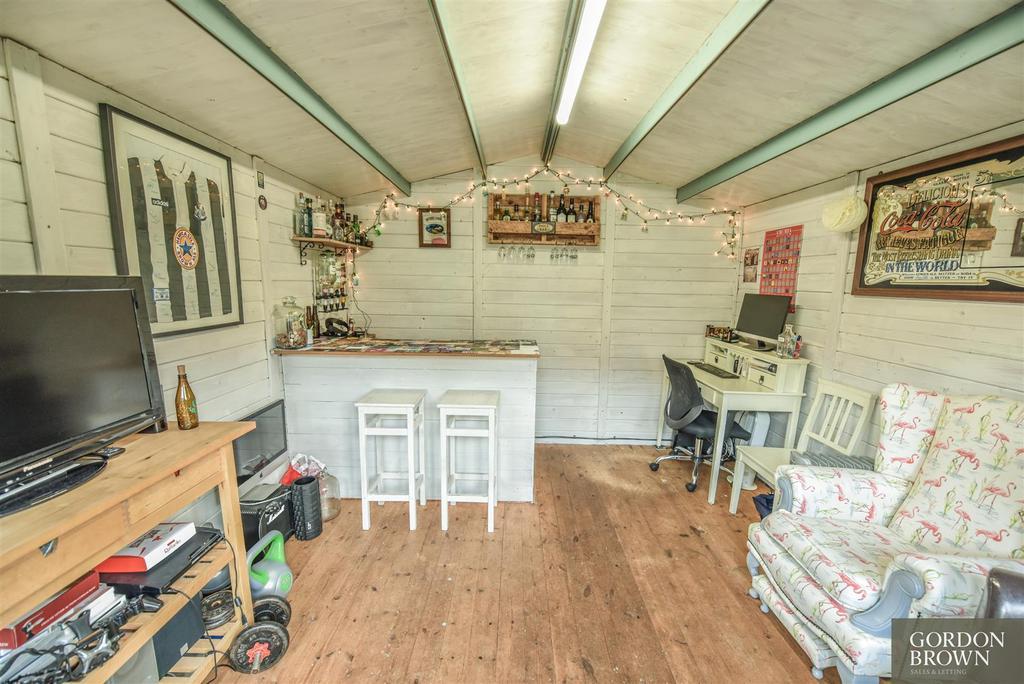 Summer house / garden room
