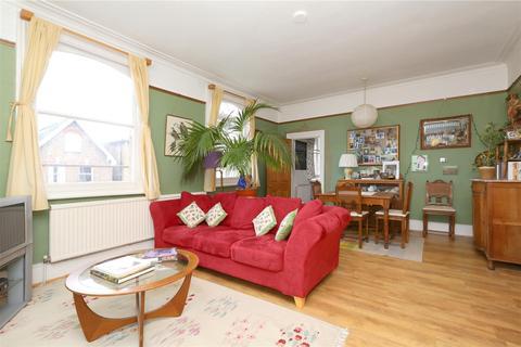 2 bedroom flat for sale - Albert Road, Stroud Green