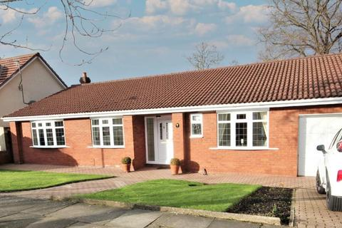 3 bedroom detached bungalow for sale - Meadow Drive, West Park, Hartlepool