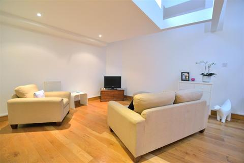 1 bedroom apartment for sale - The Colonnades, Albert Dock, Liverpool