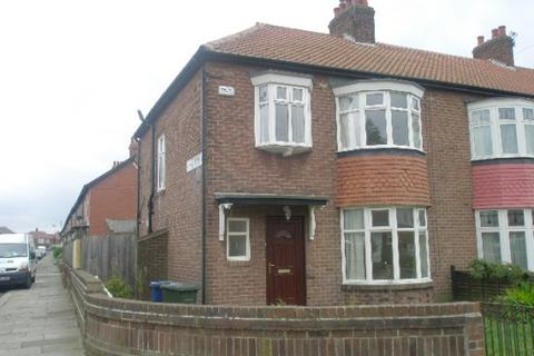 3 bedroom semi-detached house to rent - Redewater Road, Newcastle upon Tyne, NE4 9UD