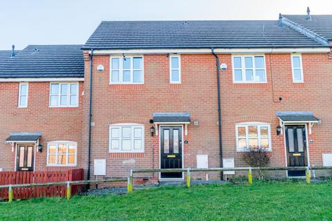 3 bedroom terraced house for sale - Shone Court, Morley, Leeds